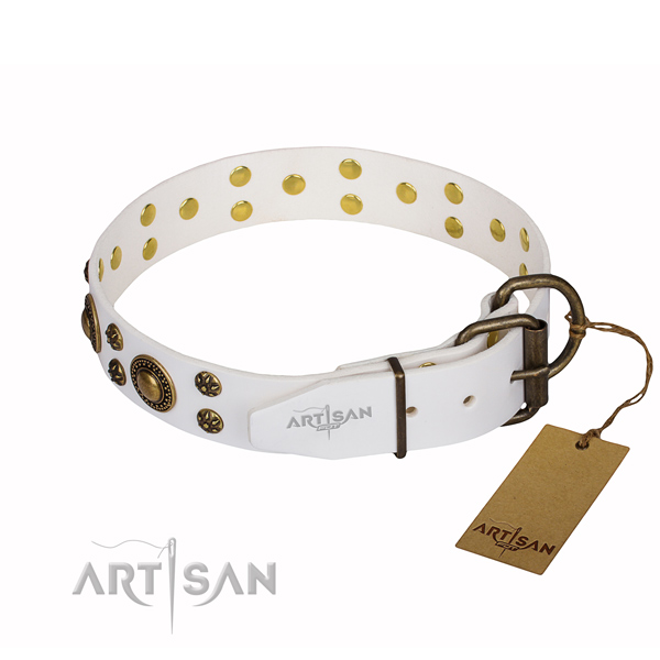 Incredible natural genuine leather dog collar for handy use