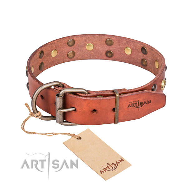 Leather dog collar with worked out edges for pleasant everyday appliance
