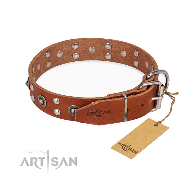 Durable fittings on genuine leather collar for your attractive pet