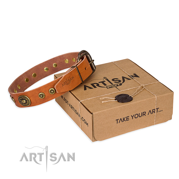 Full grain genuine leather dog collar made of top rate material with durable buckle
